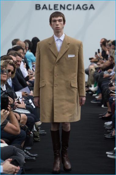 Balenciaga-2017-Spring-Summer-Mens-Runway-Collection-001.jpg