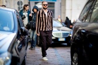 https-gentsome-com20170116onthestreet-milan-fashion-week-january-2016stella