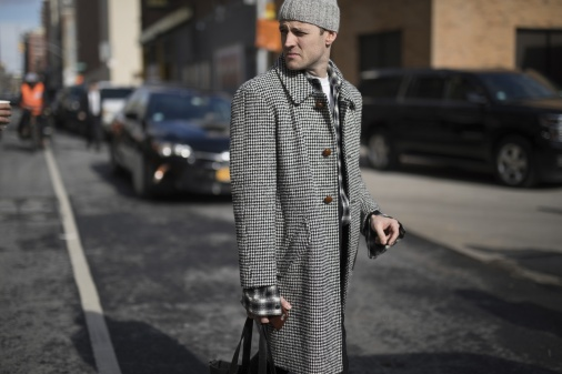 onthestreet-new-york-fashion-week-february-2017-gentsome-magazine3456