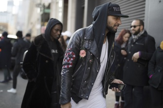 onthestreet-new-york-fashion-week-february-2017-gentsome-magazine5432