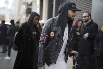 onthestreet-new-york-fashion-week-february-2017-gentsome-magazine5432